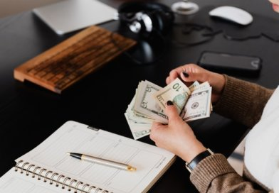 10 Sideline Sources of Income That You Can Earn From Home